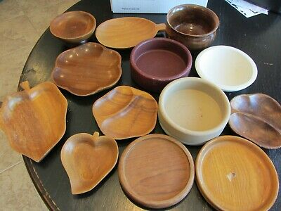 Lot of 13 WOOD MIXED LOT BOWLS TRAYS LEAVES PRIMITIVE CRAFTS NICE PATINA