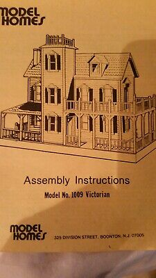 Victorian Dollhouse with furniture and figures - Model #1009