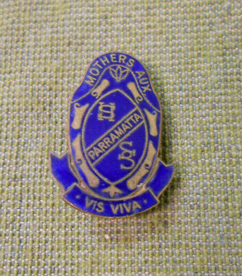 #D287.  Parramatta High School Mothers Auxiliary Lapel Badge