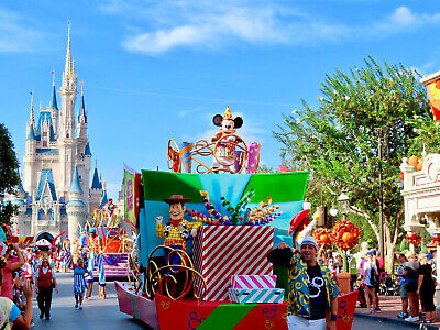 5 Day Disney Park HopperTickets. $257 Each For 2 Adults.