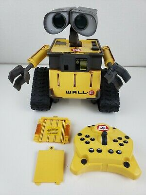 Disney Pixar Wall-E U-Command w/ Infrared Remote Controller Thinkway Toys WORKS