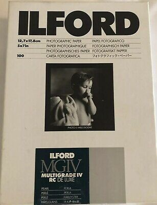 "Ilford Multigrade IV RC DeLuxe Paper (Pearl, 5 x 7"", 100 Sheets) Opened Box"