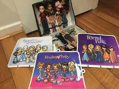 Bratz dolls pack - 8 dolls, 3 clothes packs and handy storage bag