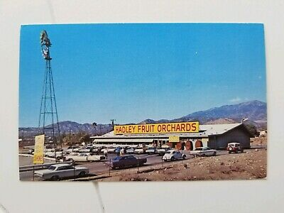 Cabazon CA Hadley Fruit Nut Orchards Roadside Stand c1960s Cars