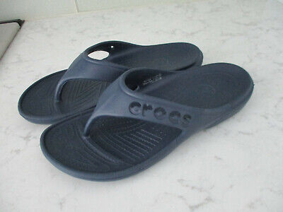 477011c04fcf6 Crocs Mens Womens Crocband Lightweight Summer navy flip flops mens 7 women  9 EXC