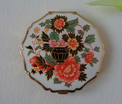 Vintage Stratton Princess Ladies Powder Compact with lmari pattern