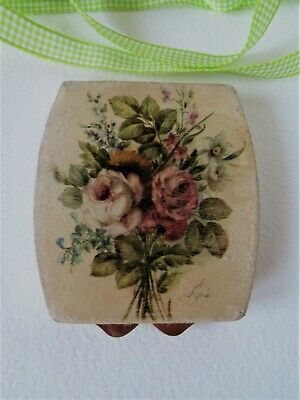 Old Italian Ladies Powder Compact  - Fabric covered