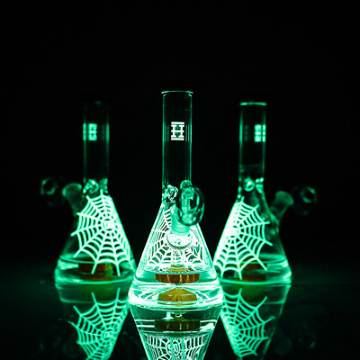 """High Quality 6"""" Premium Glow in the Dark Water Pipe Rig Pipe Bong"""