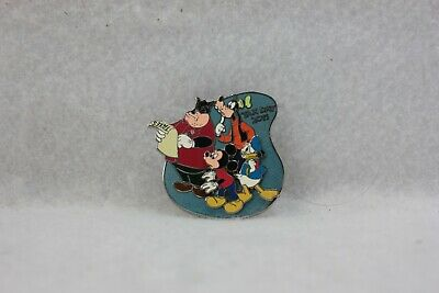 Disney Parks Pin LE 1000 Tax Day 2011 Donald Goofy Mickey Pete