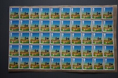 100 X 2Nd Class Blue Camel Christmas Unfranked Stamps Off Paper With Gum