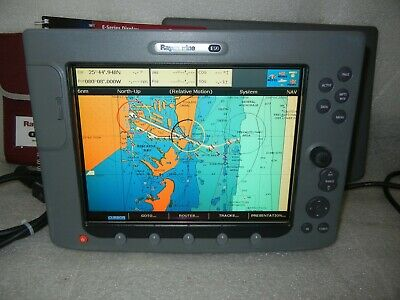 RAYMARINE E120 CLASSIC Display with Suncover - E02013 90 Day