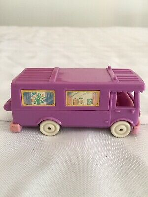 Vintage Polly Pocket 1994 Stable on the Go Compact Playset