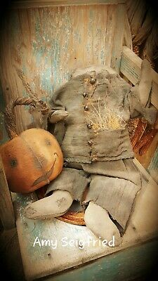Handmade Primitive Stuffed Headless Horseman / Fall / Pumpkin / Doll