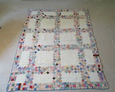 VINTAGE ANTIQUE 1920s MUSEUM QUALITY QUILT - HAND STITCHED AND HAND QUILTED