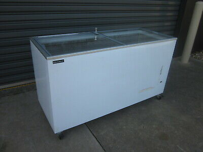 BROMIC. 491Lt COMMERCIAL...GLASS TOP FREEZER..Model: CFO500FTFG