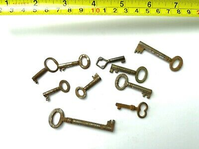 10 x Old Antique Vintage Keys Collector, Small, uncleaned Steampunk #0404