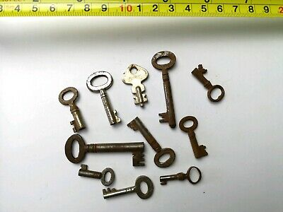 10 x Old Antique Vintage Keys Collector, Small, uncleaned Steampunk #0403