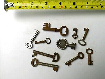 10 x Old Antique Vintage Keys Collector, Small, uncleaned Steampunk #0311