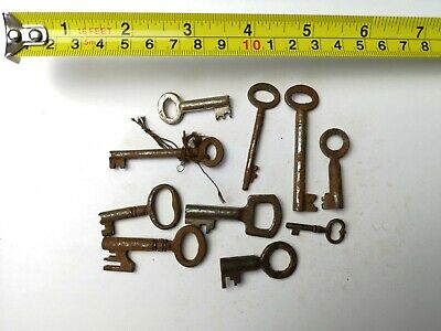 10 x Old Antique Vintage Keys Collector, Small, uncleaned Steampunk #0310