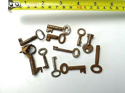 10 x Old Antique Vintage Keys Collector, Small, uncleaned Steampunk #0306