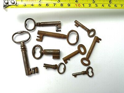 10 x Old Antique Vintage Keys Collector, Small, uncleaned Steampunk #0304