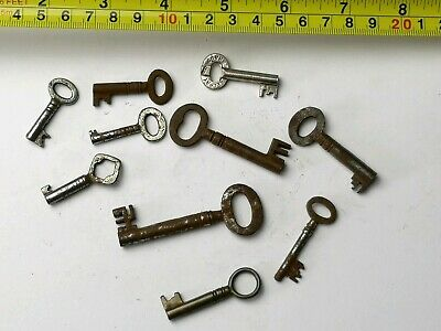 10 x Old Antique Vintage Keys Collector, Small, uncleaned Steampunk #0416