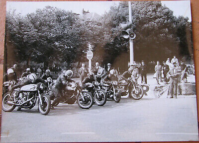 319 . Motos Courses . 1 X Photo . 1956 . Format : 18 X 24 Cm .