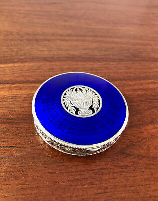 AUSTRIAN 935 SILVER AND ROYAL BLUE GUILLOCHE ENAMEL COMPACT: VIENNA c. 1930