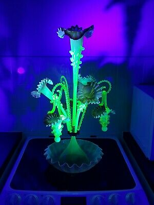 Absolutely Stunning Large Victorian Uranium Glass Epergne Centre Piece In...