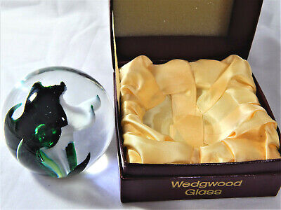 Wedgwood Glass Globe Paperweight Green White Sea Fern Base Etched SG 423 Boxed