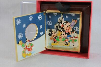 Disney WDW Pin Spectacle of Pins 2005 Jumbo LE 750 Boxed Mickey Minnie Goofy