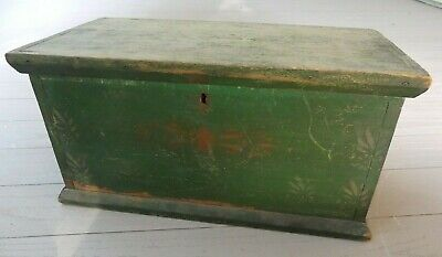 Antique 19th C American Folk Art Dovetailed Document Box with old original paint