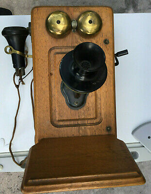 Antique Kellogg Hand Crank Wooden Oak Wall Telephone, patented 1901 with innerds