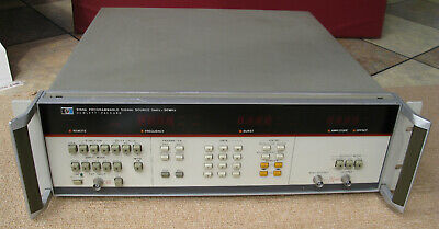 HP 8165A Programmable Signal Source 0.001 Hz - 50 MHz  frequency generator