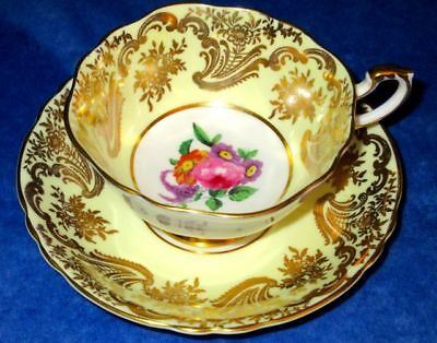Paragon Exquisite Yellow Gold Summer Flowers A565 Fine Bone China Cup & Saucer