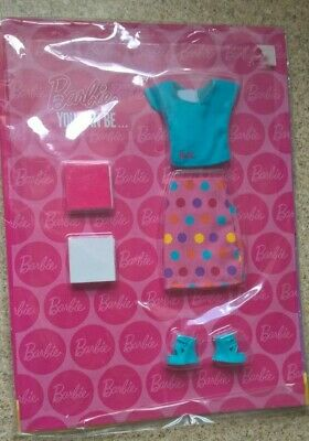 Barbie Teacher clothes set deagostini with little books new in pack