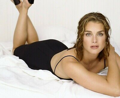 Brooke Shields 8X10 Glossy Photo Picture Image #3