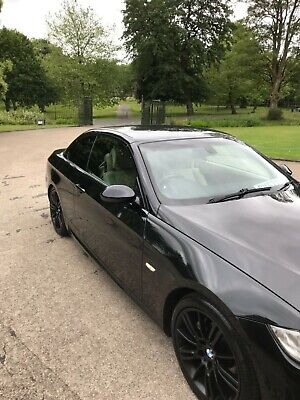 BMW 325i M Sport Convertible - 13 service stamps