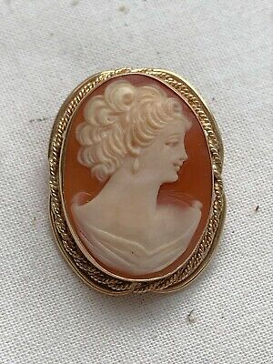 Vintage Retro 14K Gold & Hand Carved Shell Cameo Pin Brooch Pendant Circa 1950s