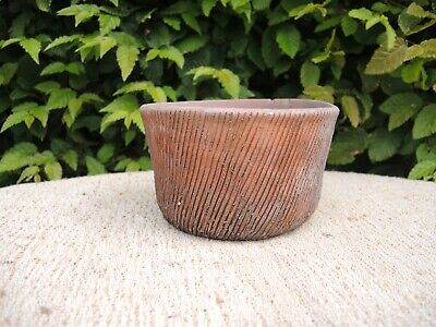 """Unusual  Old Hand Thrown Vintage Ribbed  Terracotta Plant Pot   5.5"""" (G)"""