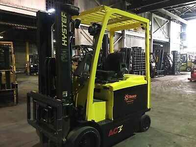Hyster 6500 Lb Electric Forklift with 2 Stage mast Side Shift And 4 Ways
