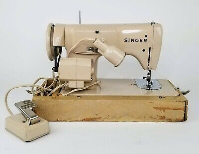 Singer 228 Sewing Machine RF/12-8 S.S. 618725-001 Vintage, COMPLETE W/ Wood Box