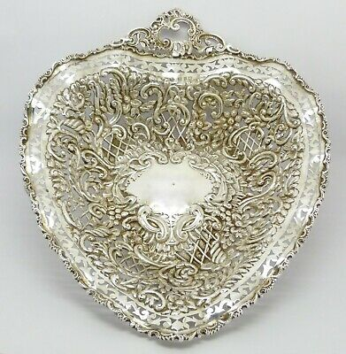 GORGEOUS RARE LARGE 230g HENRY MATTHEWS VICTORIAN SOLID SILVER HEART DISH HM1898