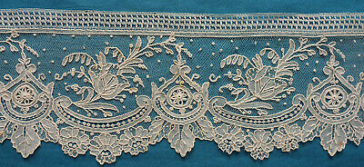 95 cms 19th century Brussels point de gaze lace border