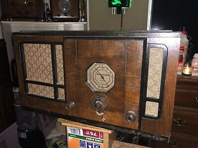 Large Stromberg Carlson Radio Orignal Condition Compleate