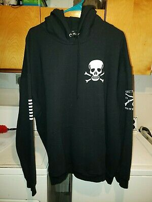 NEW LEVIS MENS White Black All Over Tribe Graphic Fleece