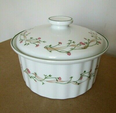 Johnson Brothers Eternal Beau Pattern - Large Oven to Table Casserole Dish & Lid