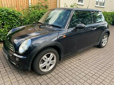 Black Mini One 2004 Spares or Repairs Starts and Drives MOT Fail No Reserve