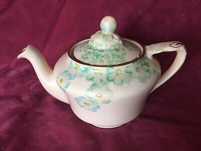 Beautiful Quite Dainty Small Grays Pottery Floral Flowers SUNBUFF Teapot