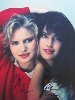 Phoebe Cates Jennifer Jason Leigh Rare Signed Autograph Best Photo wCoa